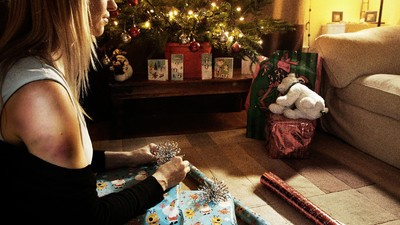 Does Domestic Violence Actually Rise During the Holidays?