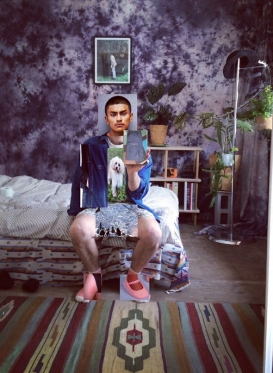 This Photographer Reverse-Searches His Body Parts on Google to Make 'Melfies'