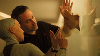 We Talked to Filmmaker Alex Garland About His New Film 'Ex Machina'