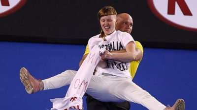 Australian Tennis Fans Didn't Understand Last Night's Protest