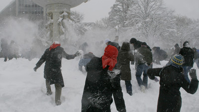 Did a New York Cop Really Pull a Gun on Kids Having a Snowball Fight?