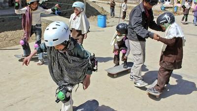 O skate ajuda as raparigas afegãs a sentirem-se livres