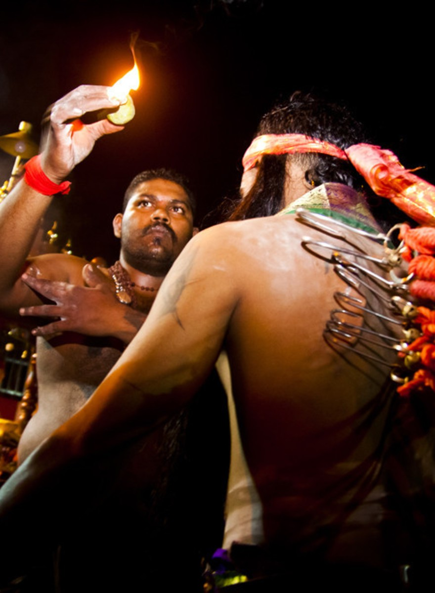 Photos of Hindus Cleansing Their Sins at Malaysia's Thaipusam Festival