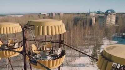 Ein geschmeidiger Drohnen-Flug über Tschernobyl von AeroCine