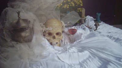 How Do You Date When You Work with Death?