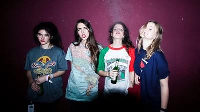 Hinds Are Bringing Their Fuzzy Garage Pop To Australia
