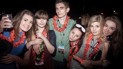 Le guide VICE pour draguer des filles (par des filles)