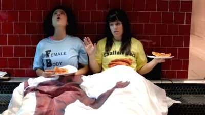 We Spoke to the Stars of Broad City About Corpsing and Amy Poehler