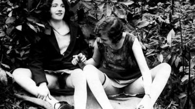 Fotografii cu prostituate din Paris, de la 1930