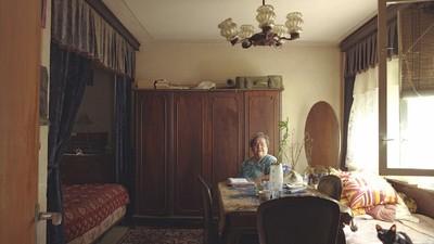 Au salon avec les habitants des studios de Bucarest