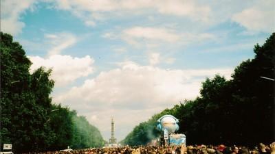 Loveparade, deine Zeit ist vorbei—und zwar schon sehr, sehr lange