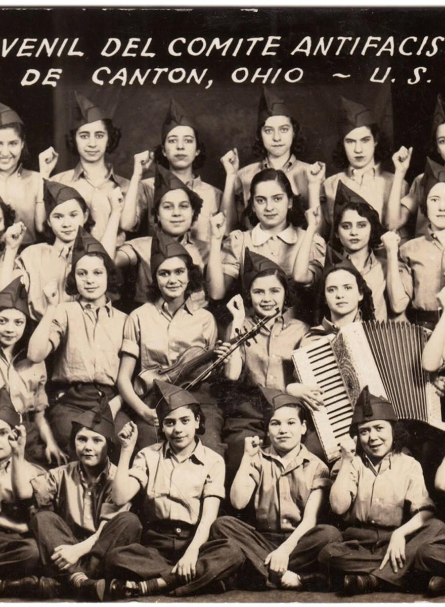 El álbum de las fotos 'invisibles' de los emigrantes españoles en EE.UU.