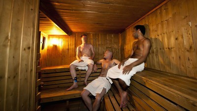 My Evening at a Bisexual Orgy in a South London Sauna