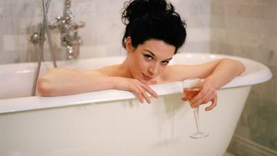 Stoya nimmt ein Bad mit uns spricht über ihre neue Pay-per-Scene-Porno-Site