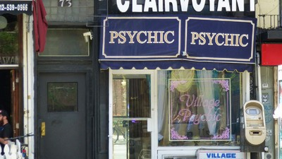 ​How Do Psychics Survive in New York City?