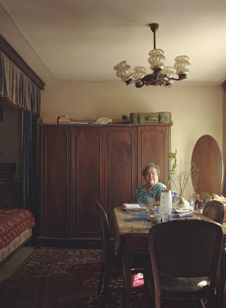 De uiteenlopende bewoners van de identieke flats van Boekarest