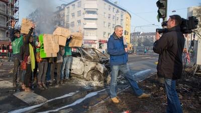 """""""Randale als Selbstbefriedigung"""" – Was bringt die Gewalt bei Blockupy?"""
