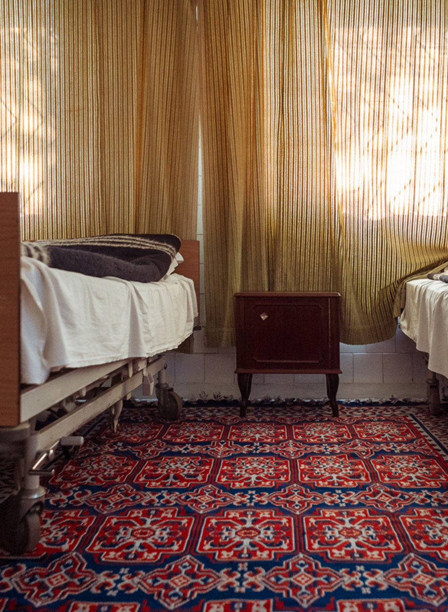 The Rooms Where Romanian Prisoners Have Sex