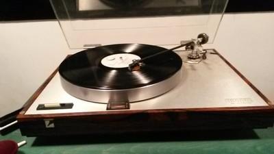 U Beogradu je sve više navučenih na gramofonsku iglu
