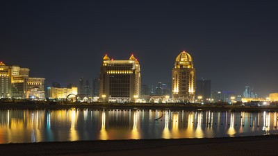 Life, Hotel Parties, and Death in Qatar's Expat Bubble