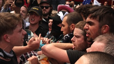 An Anti-Islamic Protest in Melbourne Turned into a Brawl