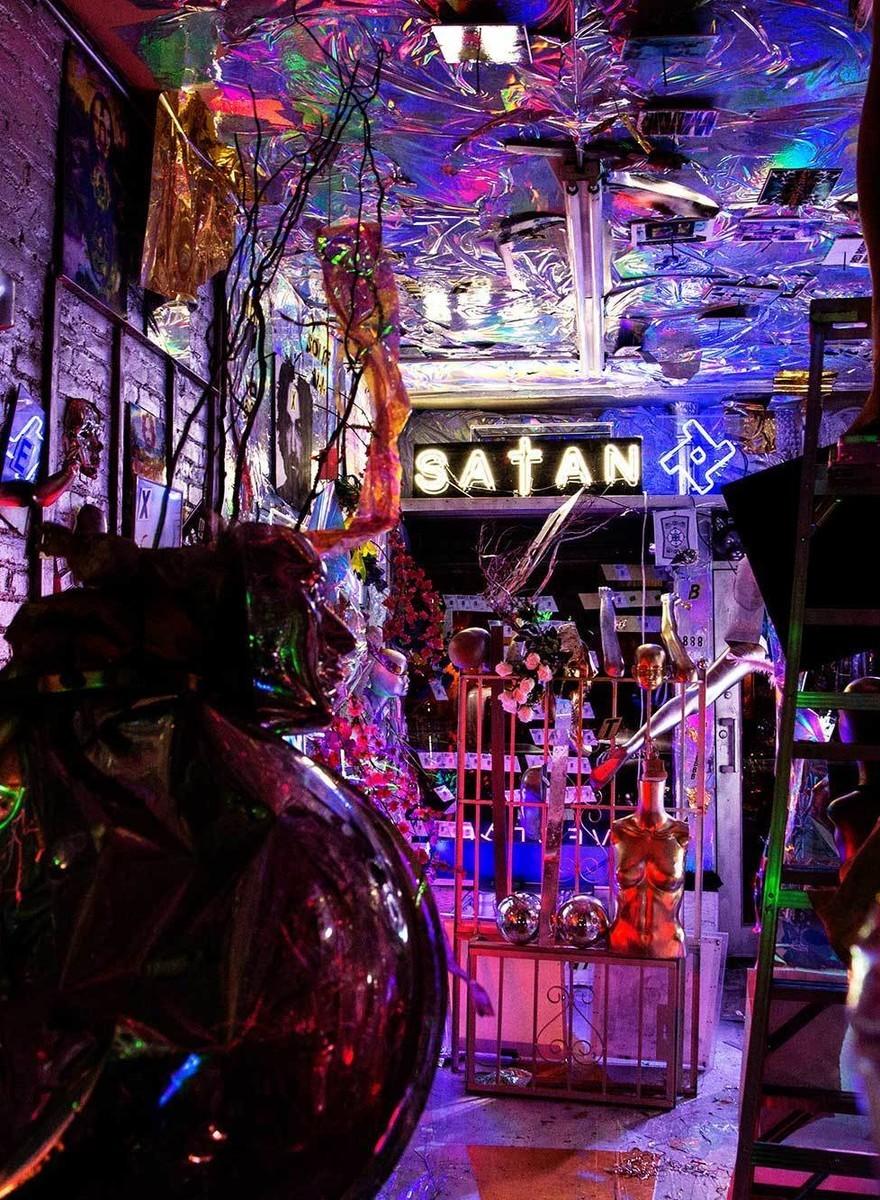 De laatste nacht van een satanistische kunstgalerie in New York
