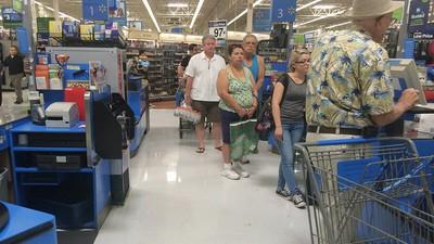 Ich habe 20 Stunden in einem Walmart verbracht