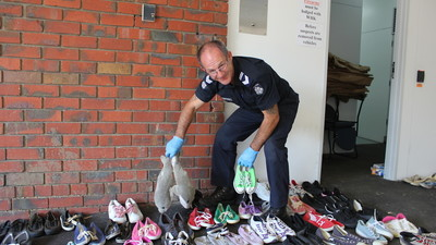 ​We Watched the Australian Police Try to Find Owners for 1,000 Pairs of Stolen Shoes