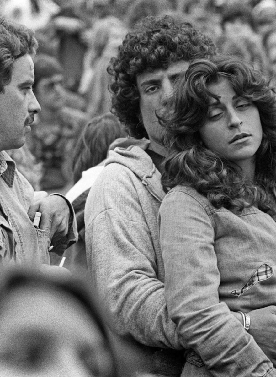 Joseph Szabo's Iconic Images of Fans of The Rolling Stones, Rediscovered
