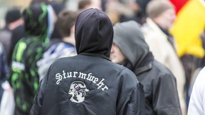 Rechte Hools haben in Wuppertal einen Antifaschisten ins Koma gestochen