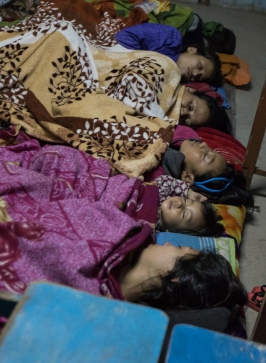 Foto's van de Nepalese hoofdstad Kathmandu na de aardbeving
