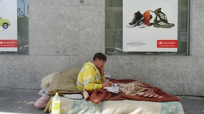 Un mendigo opina sobre el plan de Esperanza Aguirre para prohibir la indigencia