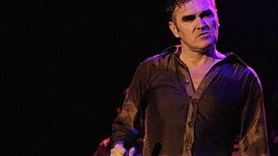 Estás a pensar fazer um crowdfunding para o teu projecto musical? O Morrissey tem umas coisinhas para te dizer.