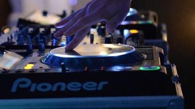 Eine ganze Generation von DJs hat mehr Ahnung von Marketing als von Musik