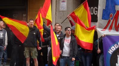 Reservado el derecho de exclusión: hablamos con los neofascistas 'okupas' de Madrid