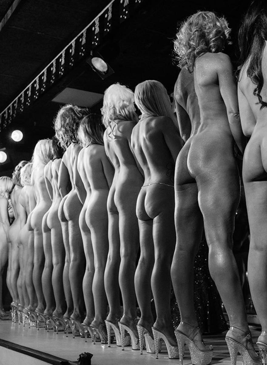 În culisele concursului Miss Australia Nud