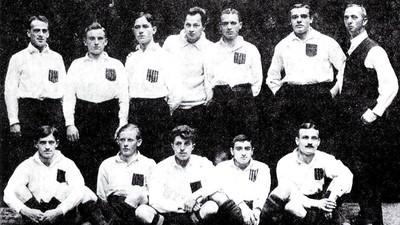 La tragique histoire du plus grand footballeur juif d'Auschwitz