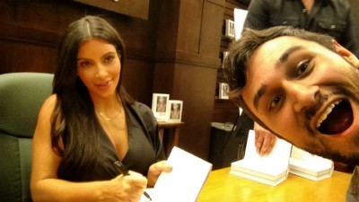 I Spent All Day in a Barnes & Noble so I Could Take a Selfie with Kim Kardashian