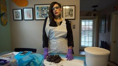 Instagram de morgă: patologul care postează imagini de la autopsii