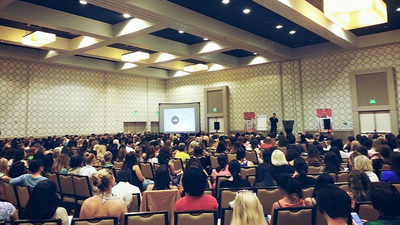 This Is What a 'Female Pickup Artist' Seminar Is Actually Like
