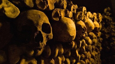 Umanitatea morții