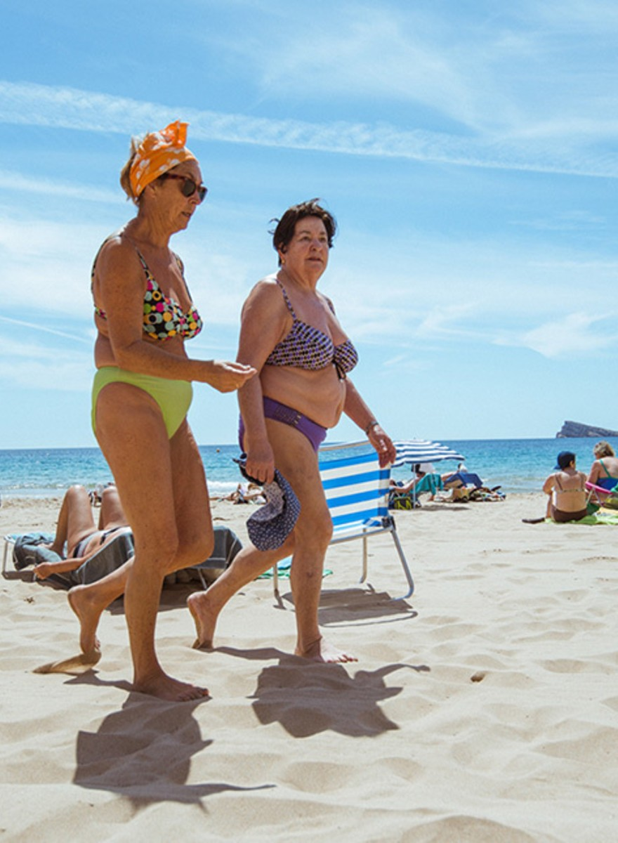 Photos of Senior Citizens Having a Spanish Loliday