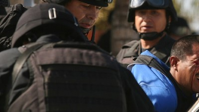 Empresarios aceptan pagar salarios a jornaleros tras huelga de dos meses en San Quintín