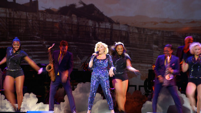 At 69, Bette Midler Still Bewitches on Her Divine Intervention Tour