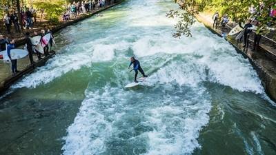 Bienvenidos a Múnich, la meca del surf en el río