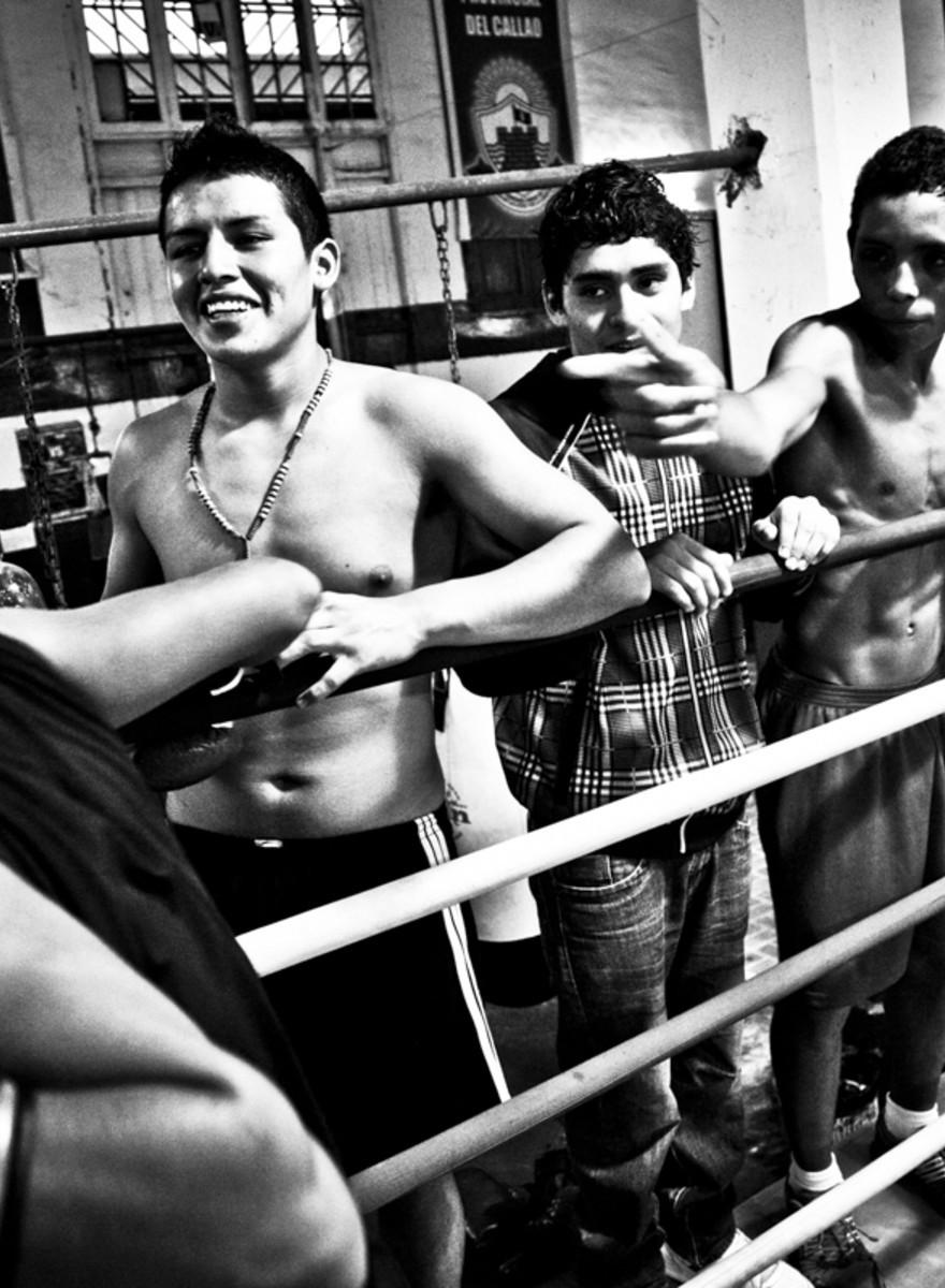 Boxeo en uno de los lugares más peligrosos de Perú