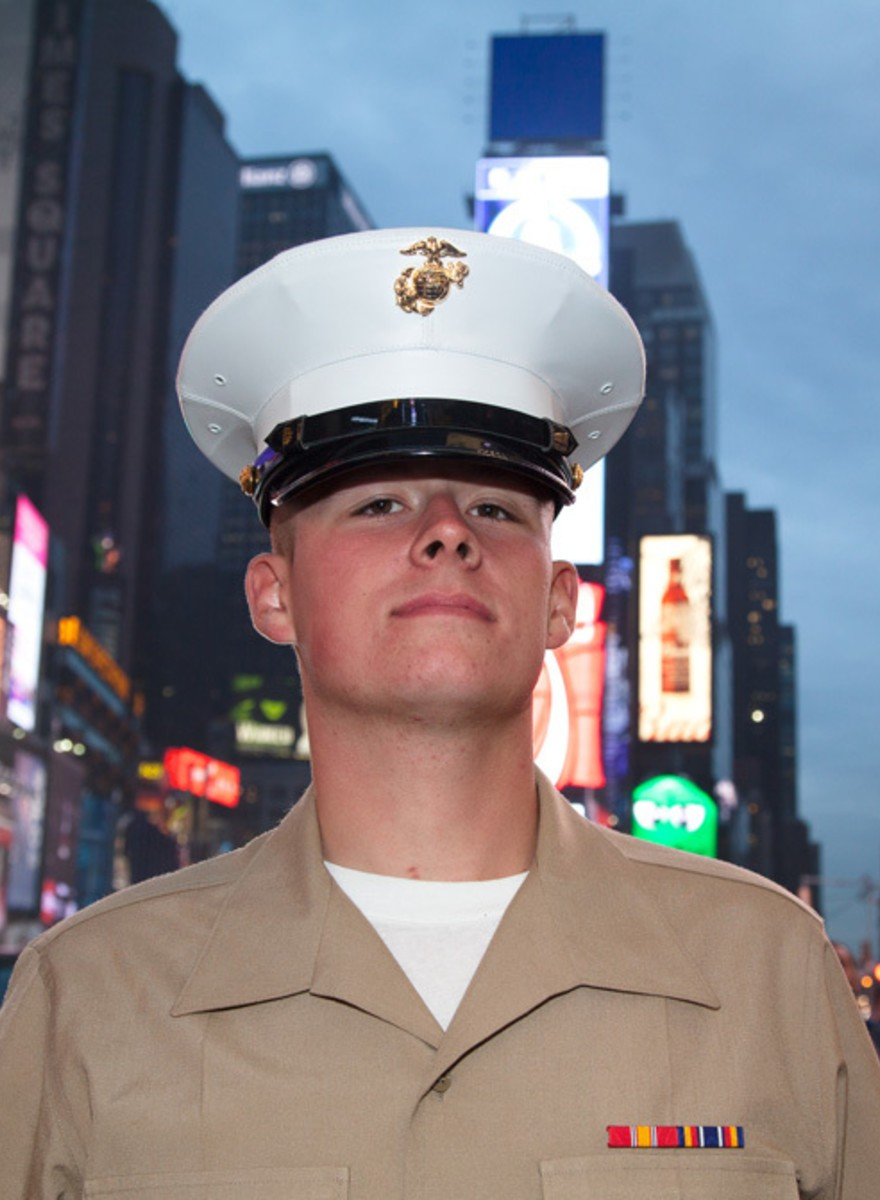 #SelfieWithASailor: Fleet Week Invaded NYC—and Your Instagram