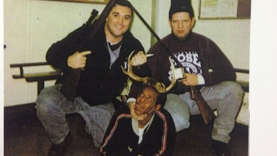Dieses grauenhaft rassistische Foto hat zur Entlassung eines Chicagoer Polizisten geführt