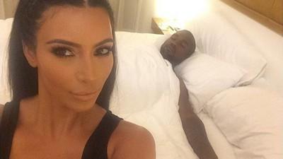 Kim Kardashian West ist die Outsider-Künstlerin, die die Welt verdient hat
