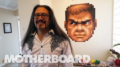 Fă cunoștință cu John Romero, unul dintre creatorii first-person shooter